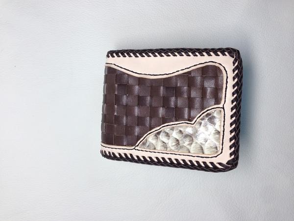 じゅんや財布1.JPG