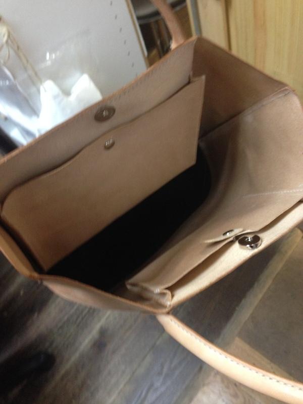 岡本さん鞄.JPG