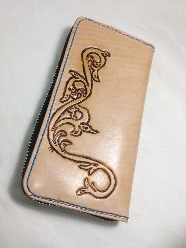 岡崎さん財布2.JPG