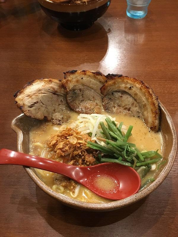 麺場 田所商店 (5)信州味噌炙りチャーシュー麺.JPG